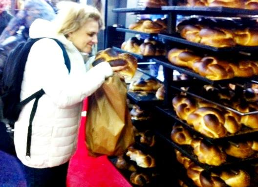 piping hot challah bread at Vishnitz Challahs in Bnei Brak Israel