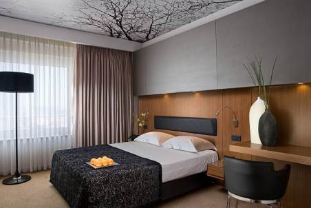 tel aviv dan hotel executive and club rooms spacious and luxurious