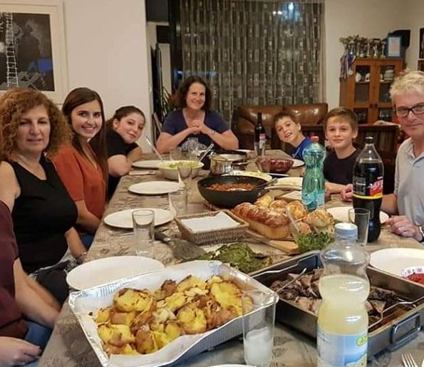 Betzavta offers dining with a local Israeli family at their home