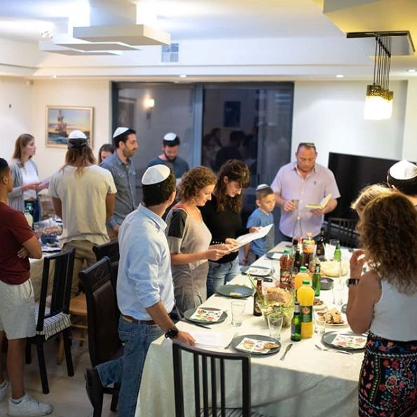 Betzavta dining experience on Friday night at an Israeli home for Kiddush, the traditional Sabbath blessing