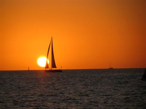 Sunset Sailing in Tel Aviv