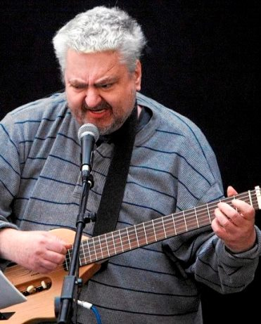 cult singer songwriter daniel johnston sings in tel aviv spring events