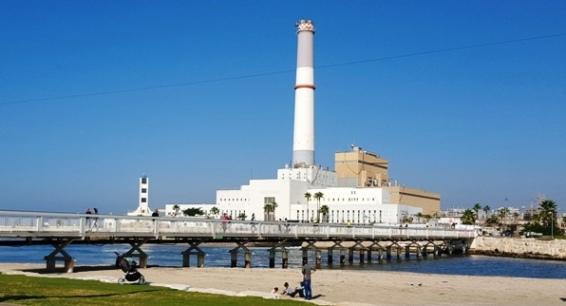 Namal Tel Aviv Port footbridge to the old Reading power station