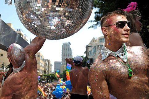 gay tel aviv pride parade floats