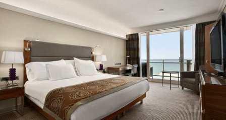 standard plus room at the  hilton tel aviv hotel