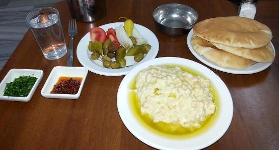 delicous hummus at Abu Said in Akko, Israel