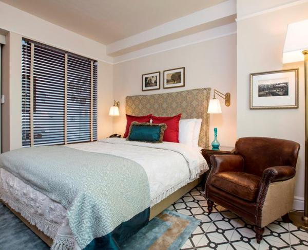 comfortable, cozy rooms at the Arthur boutique hotel in Jerusalem