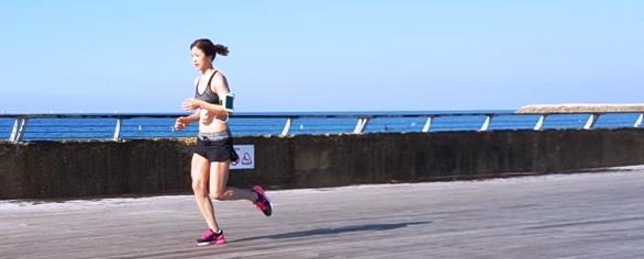 Jogging along the Tel Aviv Port - Namal Tel Aviv