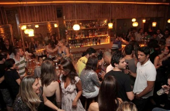 Mendelimos Bar near the sea in Tel Aviv
