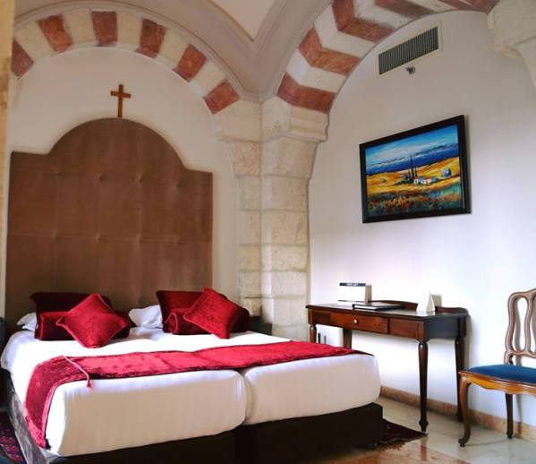 comfortable rooms at the Notre Dame Guest House in Jerusalem