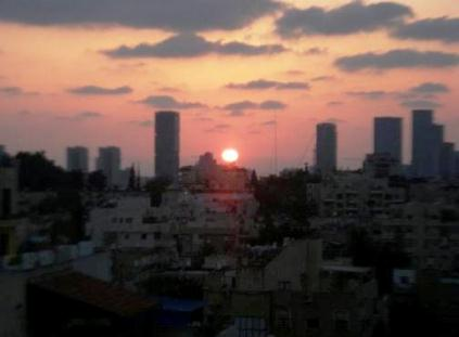 Tel Aviv Skyscraper photos sunset vista
