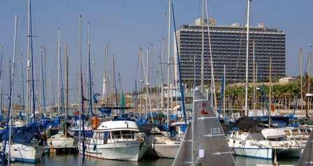 hilton tel aviv hotel just north of the tel aviv marina