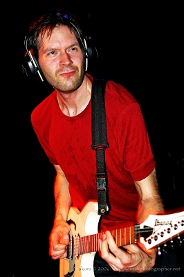 guitarist paul gilbert will perform in tel aviv