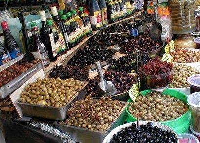 Olives Galore in Tel Aviv's Shuk Levinsky Spice Market