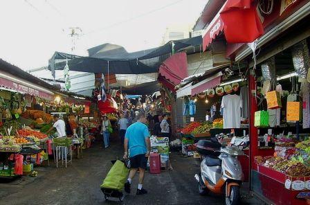 strolling and shopping in Carmel Market Tel Aviv