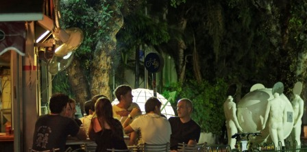 Tel Aviv Streets eating near art Rothschild at night