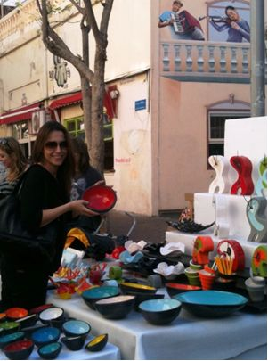 shopping in nahalat binyamin arts and crafts market